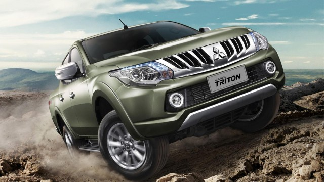 2015-mitsubishi-triton-l200-debuts-in-thailand-video-photo-gallery_2