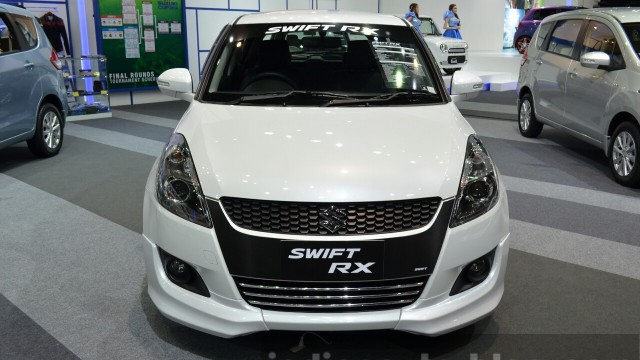2015-Suzuki-Swift-RX-at-the-2014-Thailand-International-Motor-Expo