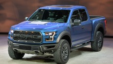 03-2017-ford-f150-raptor-detroit-1