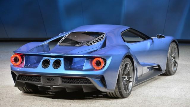 04-ford-gt-concept-detroit-1