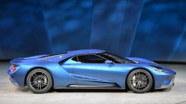 09-ford-gt-concept-detroit-1