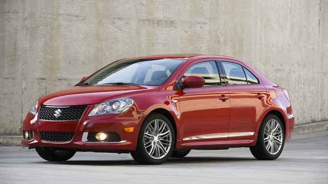 suzuki kizashi to be launched in pakistan within 6 months