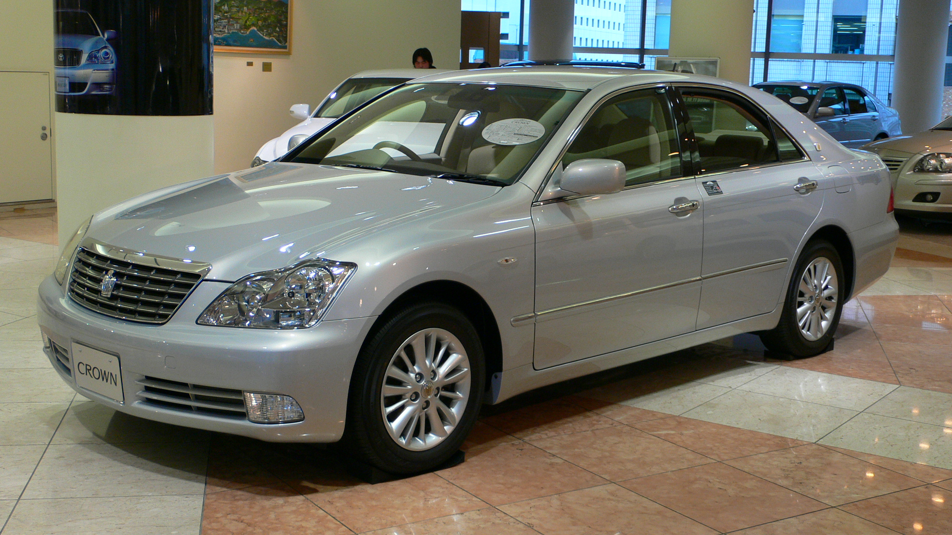 Toyota-crown-1