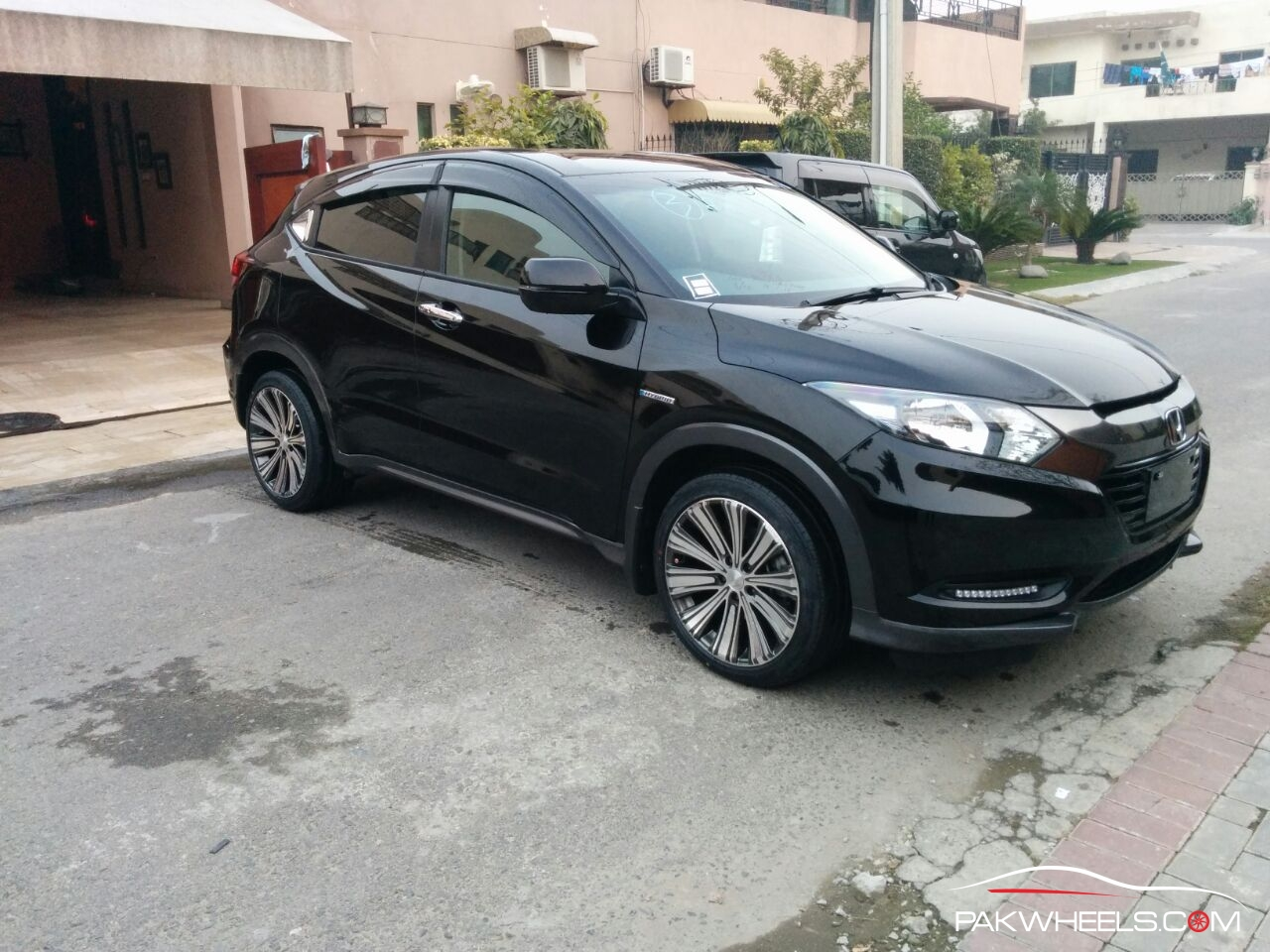 2014 Honda Vezel Hybrid Owner S Review Pakwheels Blog