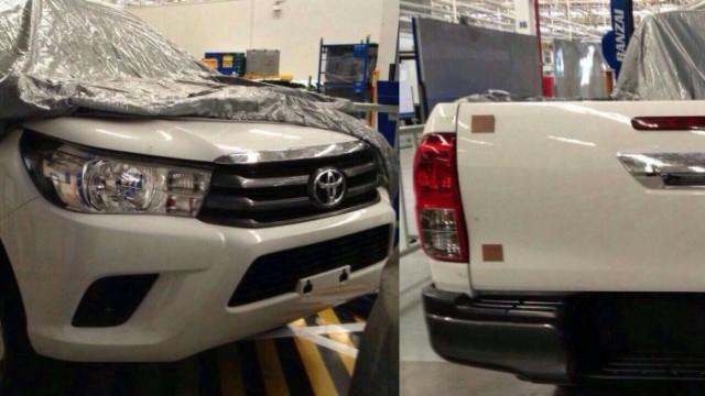 2015-Toyota-Hilux-1-700x465