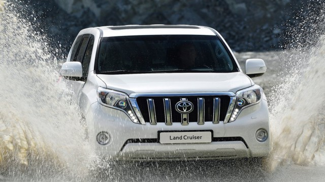 buying an suv 4x4 jeep in pakistan what you can and should get here