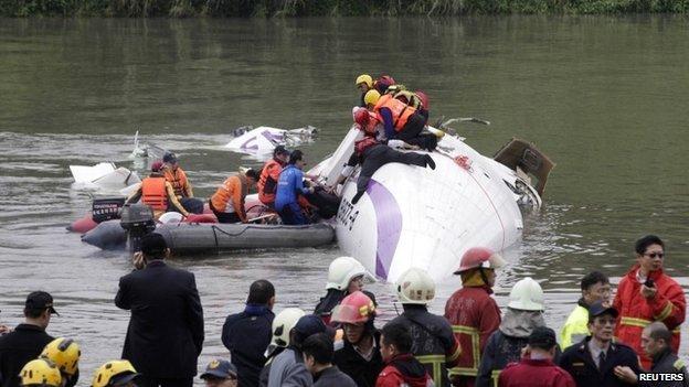 Taiwan Plane Crash 3