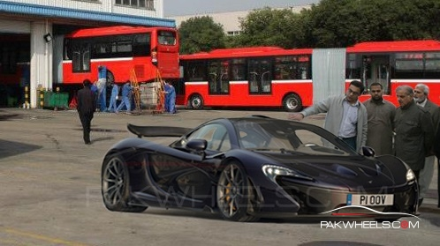 McLaren P1 in Pakistan 2