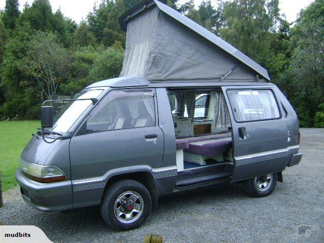 Toyota Townace Camper (1)