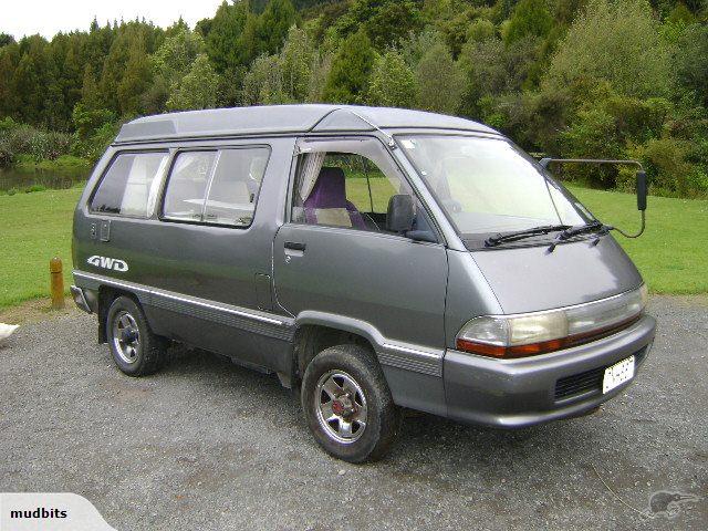 Toyota Townace Camper (4)