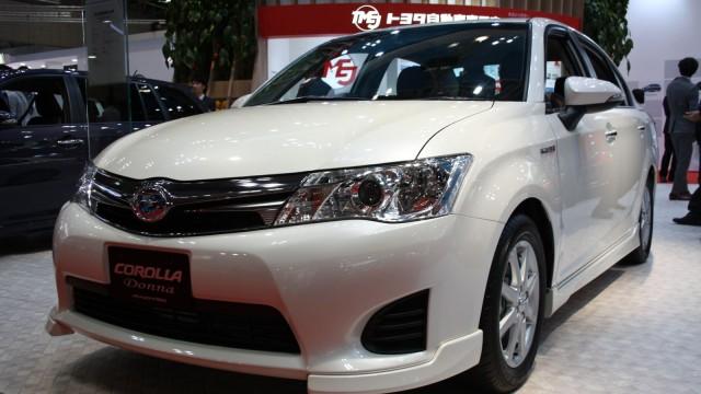 Toyota-altis-Axio-Hybrid1