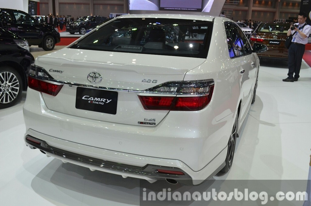 toyota camry extremo unveiled at the bangkok motor show pakwheels blog. Black Bedroom Furniture Sets. Home Design Ideas