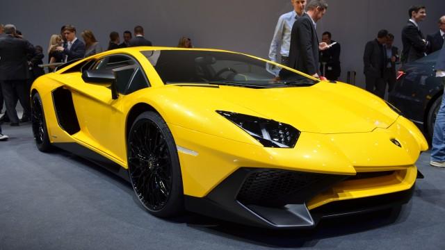 Lamborghini-Aventador-SV-001