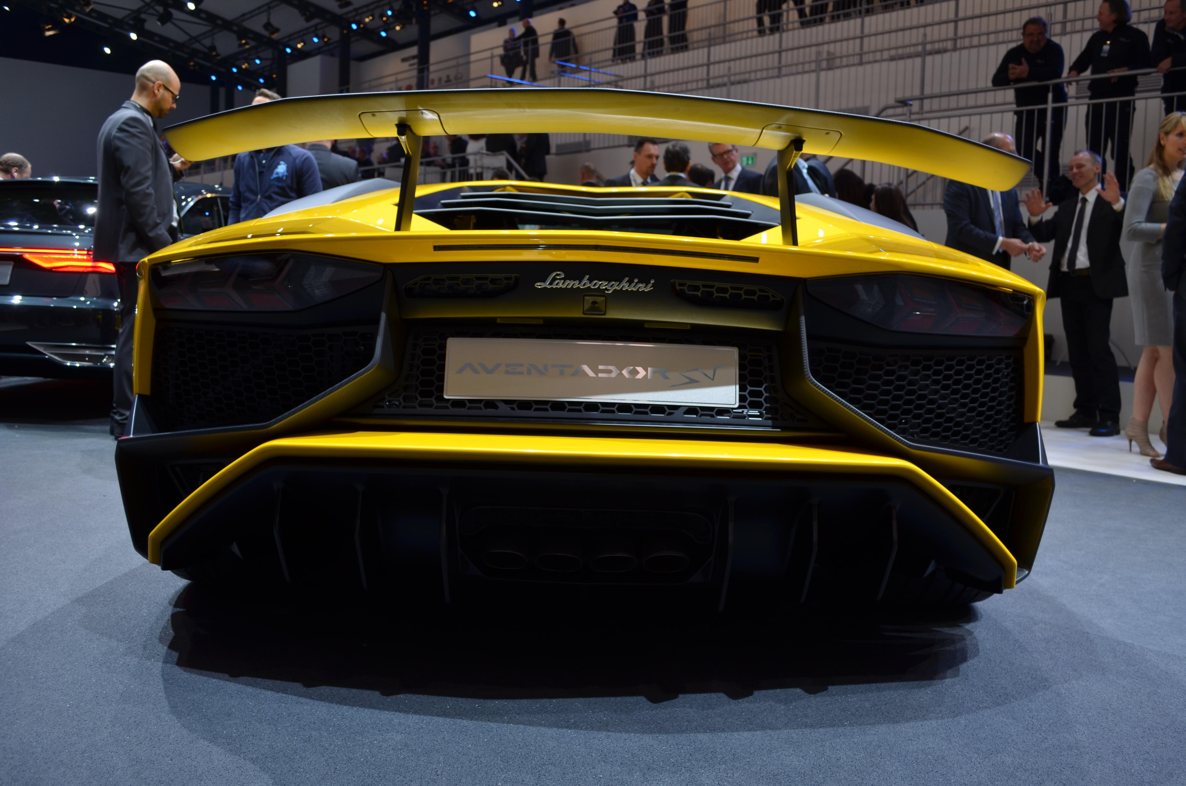 on cars jamesedition lamborghini lifting aventador paket price system lp superveloce for sound carbon sv sale