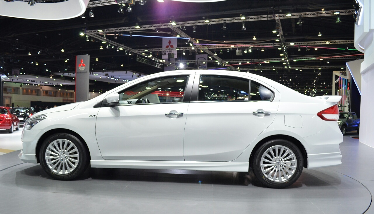 Suzuki-Ciaz-Aero-at-the-2015-Bangkok-Motor-Show