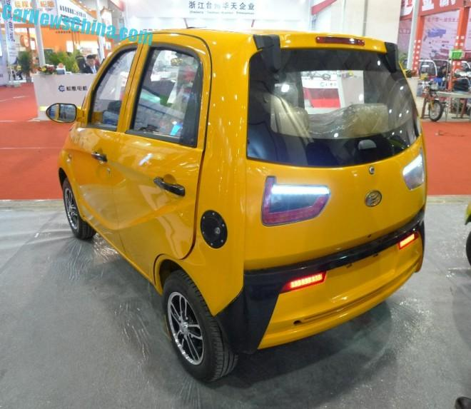 the-jinma-jmw2200-is-a-poor-mans-bmw-i3-in-china_3
