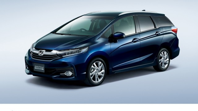 2015-honda-shuttle-revealed-in-japan-the-fit-s-wagon-brother-photo-gallery_1