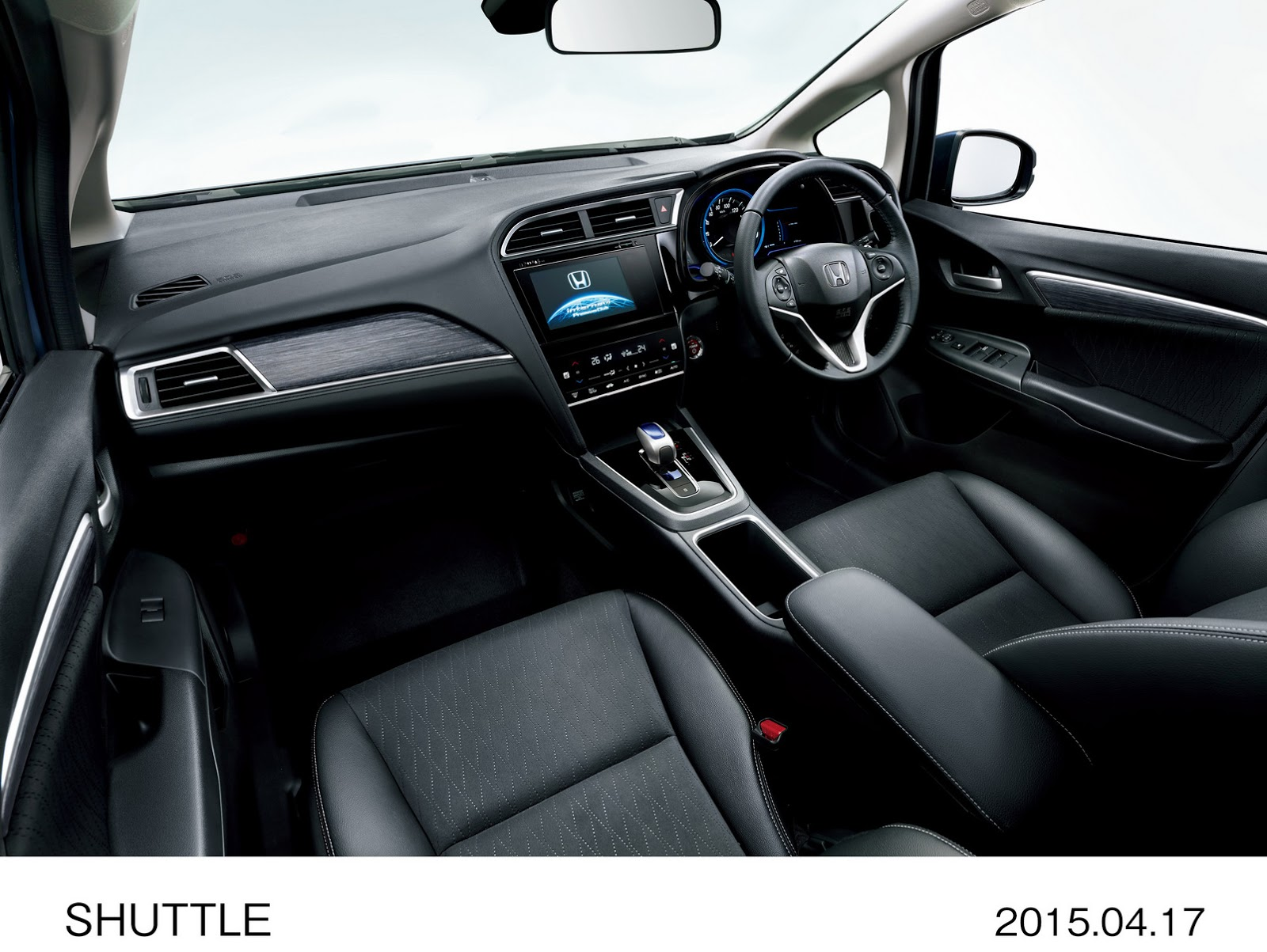 2015-honda-shuttle-revealed-in-japan-the-fit-s-wagon-brother-photo-gallery_8