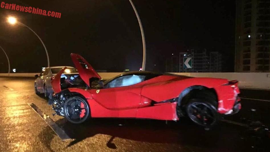Ferrari LaFerrari Worth 37 Million Crashes In China By A