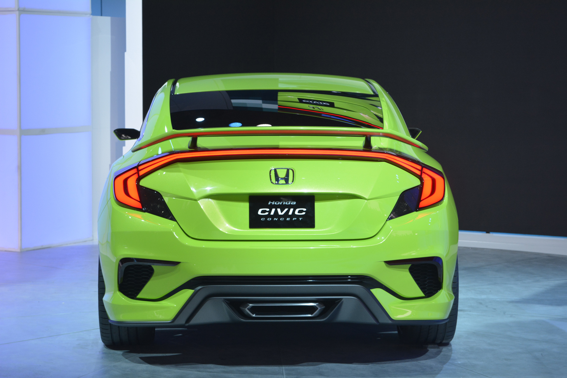 2016 Honda Civic Release Date >> Honda Civic Turbo Charged Concept Revealed At The NY Auto Show In Neon Green - PakWheels Blog