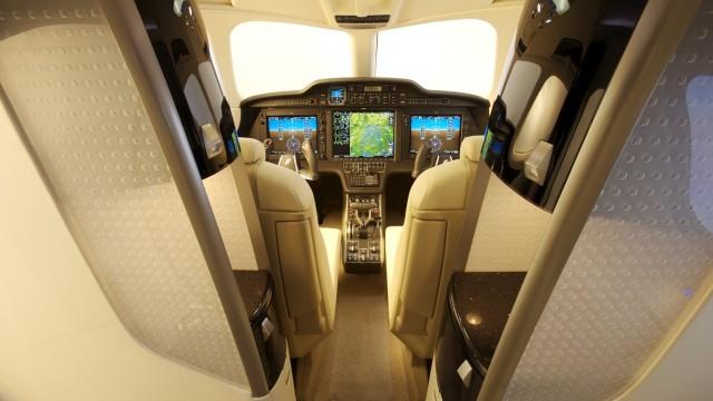 hondajet-interior-feature-3-1