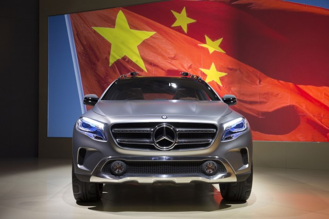mercedes-benz-fined-for-price-fixing-in-china_100509012_m