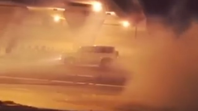 20-year-old-nissan-patrol-driver-gets-136122-fine-for-doing-donuts-in-dubai-video-95206_1