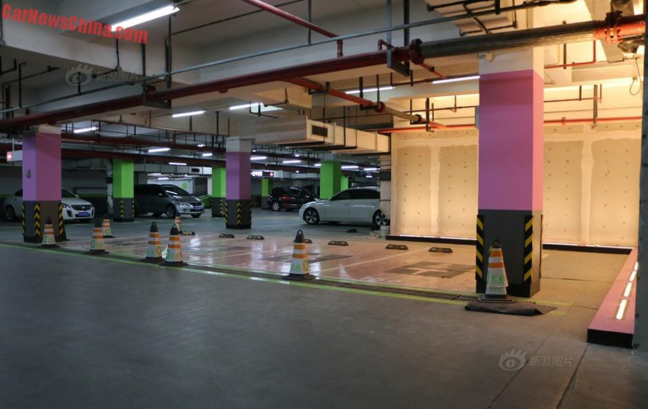women-parking-china-3