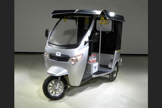 After Cng And Lpg It Is Time For Electric Rickshaws In
