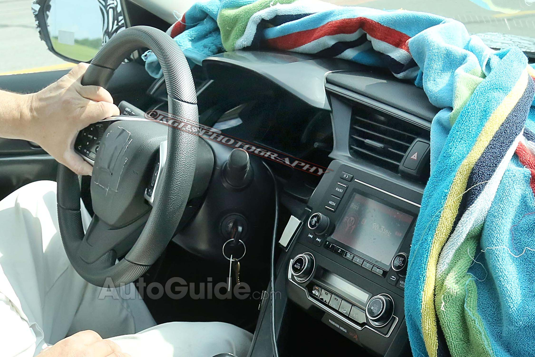 2016-Honda-Civic-Spy-Photo-Interior-2