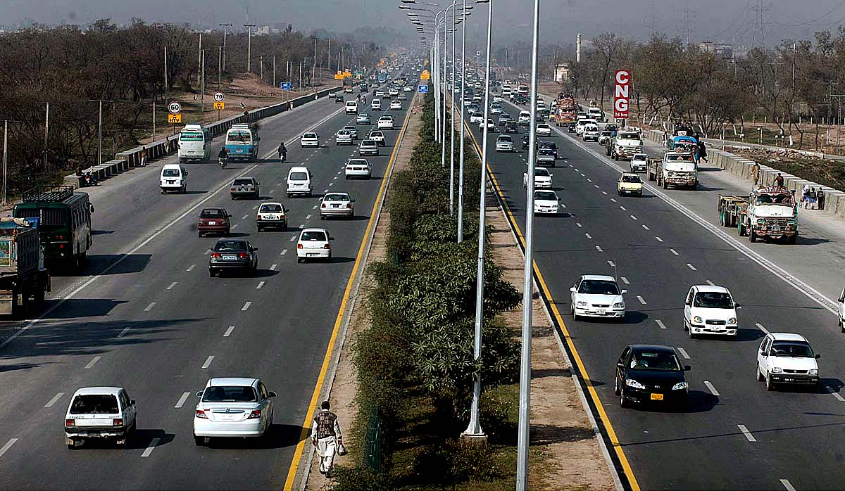 cda is all geared up to expand islamabad highway to 8 lanes