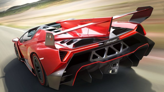 Lamborghini-Veneno_Roadster_2014_1024x768_wallpaper_02