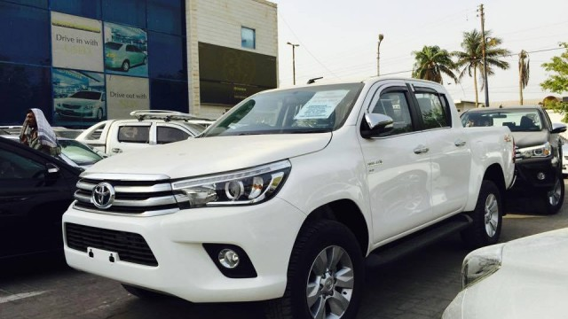 2015 Toyota Hilux Pictures | Autos Post