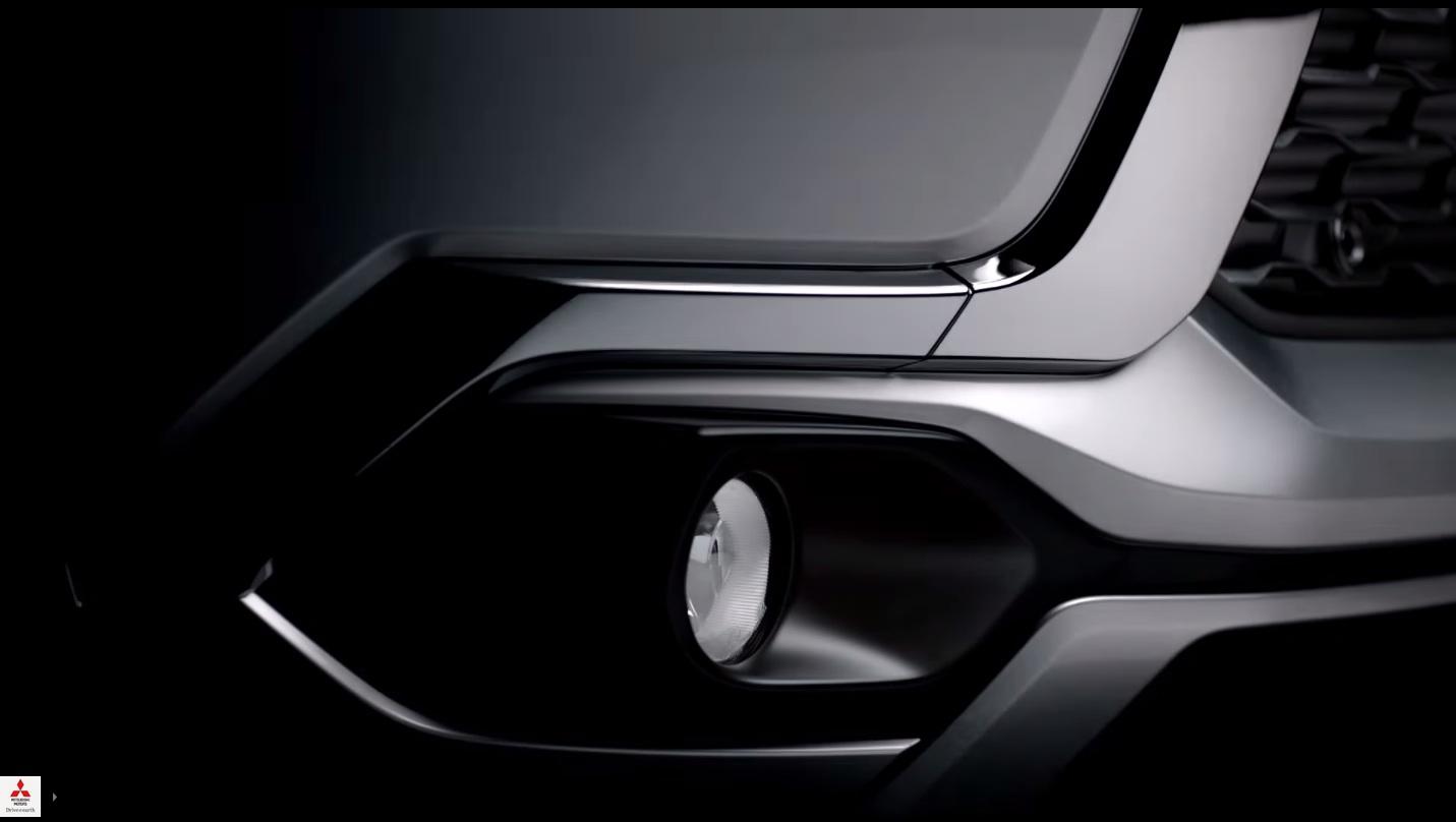 2016-Mitsubishi-Pajero-Sport-foglight-teased
