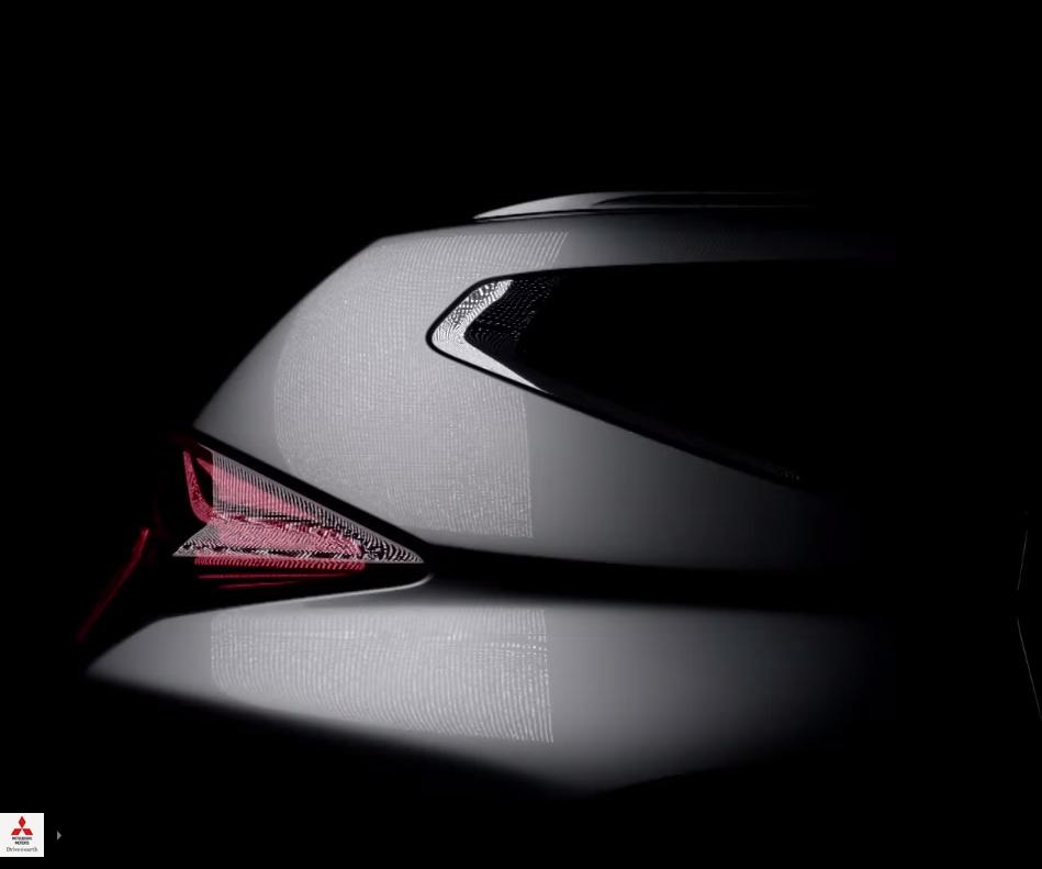 2016-Mitsubishi-Pajero-Sport-rear-window-teased