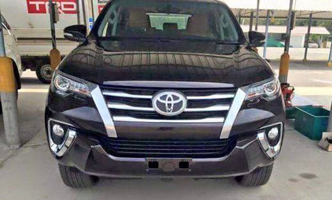 2016 Toyota Fortuner Fully Revealed In Leaked Images