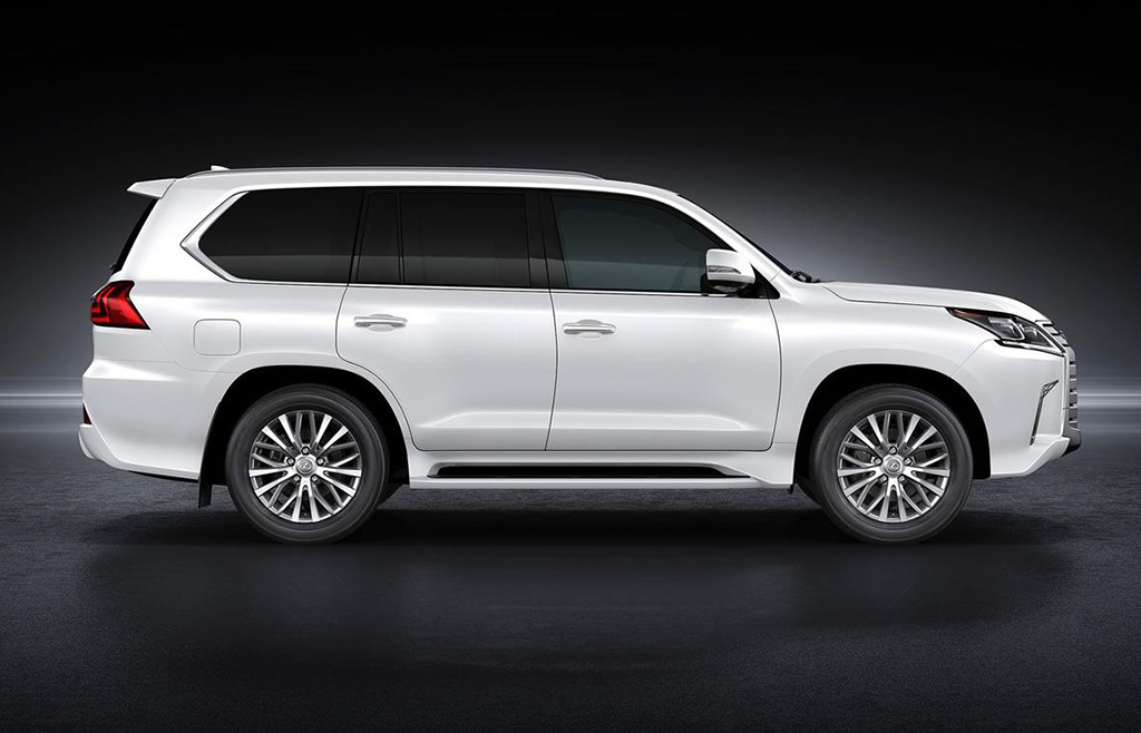 the 2016 lexus lx 570 should arrive in the uae saudi arabia qatar. Black Bedroom Furniture Sets. Home Design Ideas