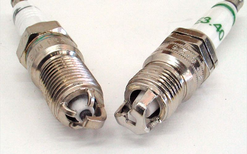 Read About Choosing The Right Type Of Spark Plugs For Your