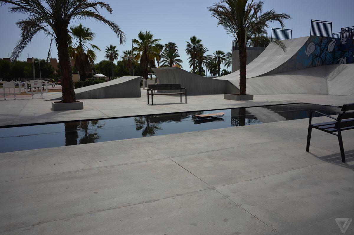 lexus-hoverboard-002-2040.0