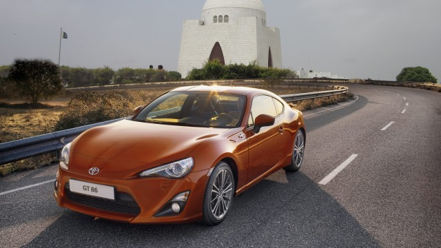 Can Toyota Gt86 Be The Perfect Sports Car In Pakistan Pakwheels Blog