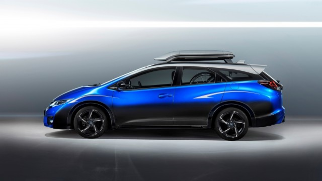 60567-civic-tourer-active-life-concept-1