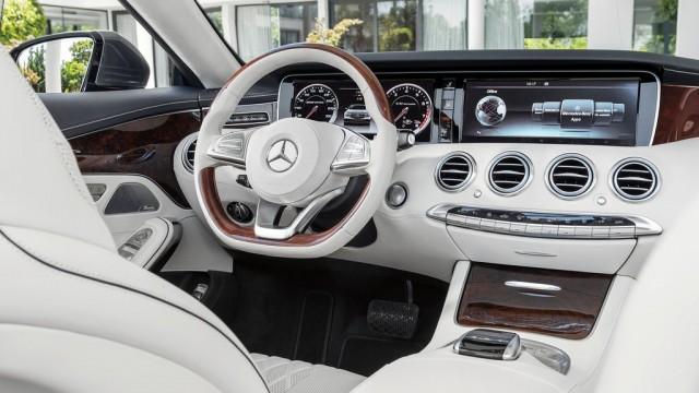 Mercedes-Benz-S-Class_Cabriolet_2017_1024x768_wallpaper_23