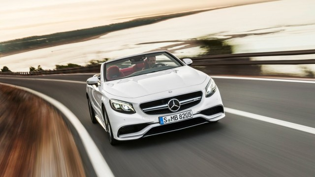 Mercedes-Benz-S63_AMG_Cabriolet_2017_1024x768_wallpaper_08