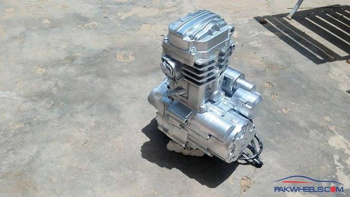 a pakwheeler's tale of swapping a 250cc engine in his ravi piaggio