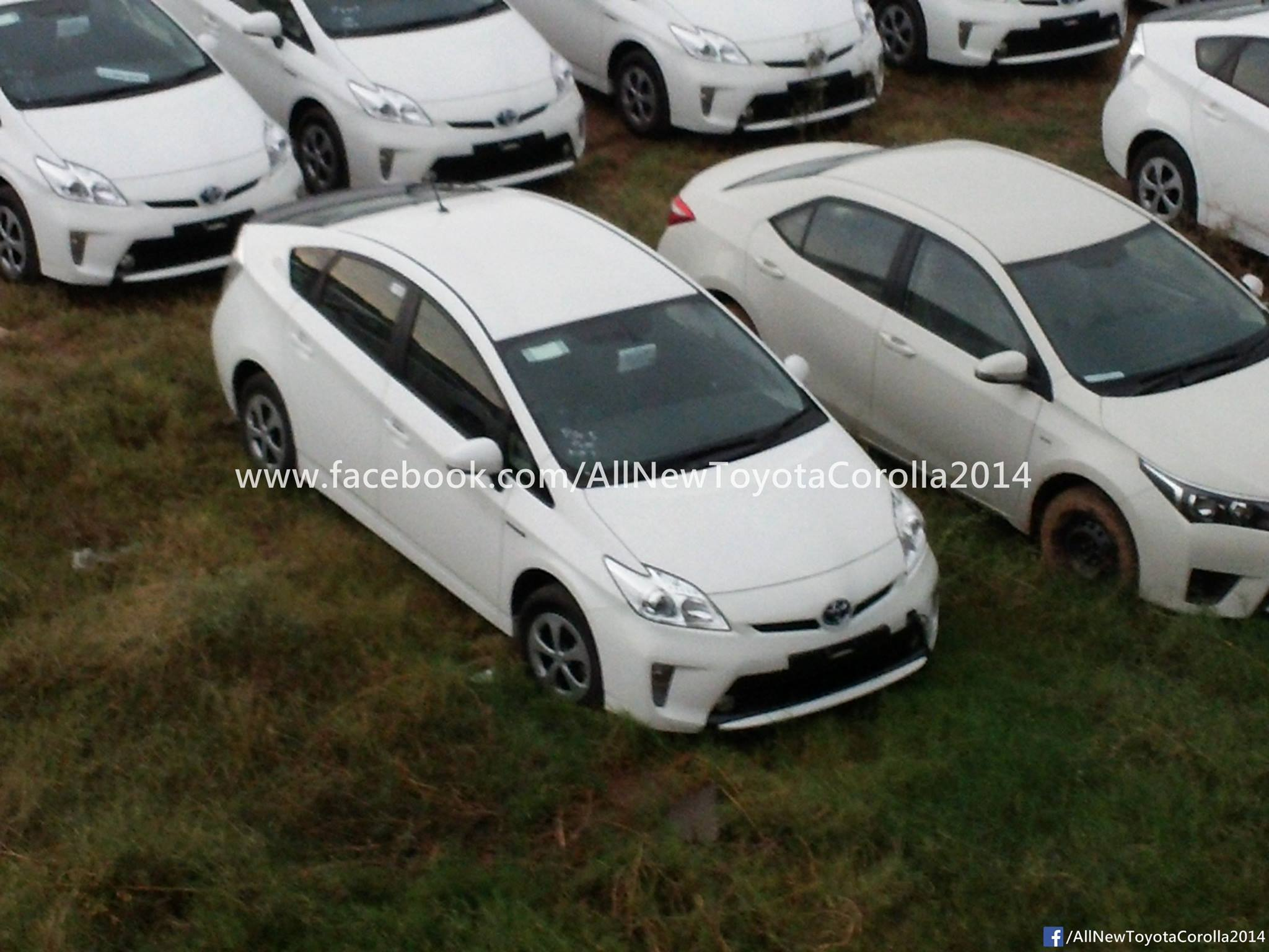 Toyota Prius donated by JAPAN (1)