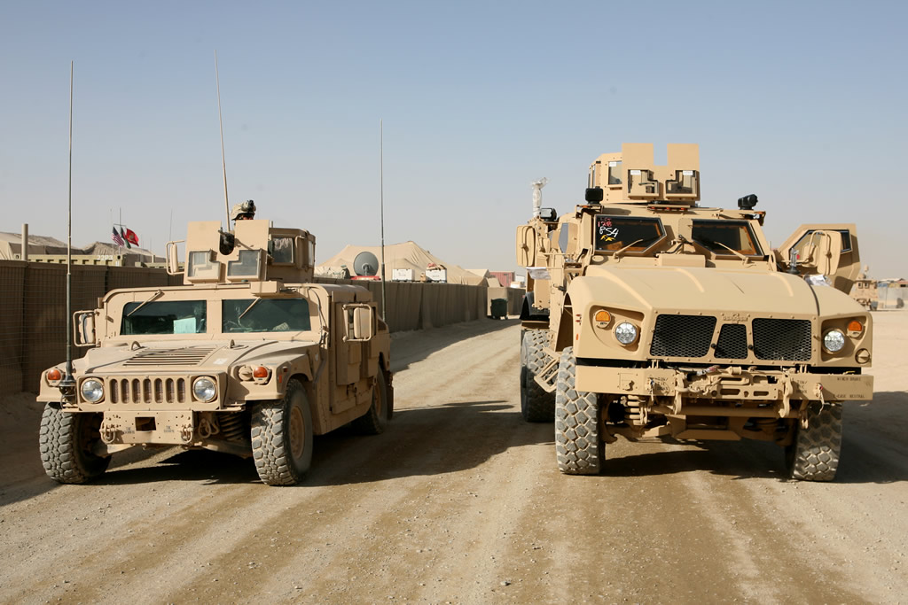 LAND_M-ATV_and_HMMWV_lg