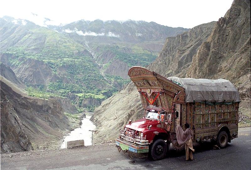 bedford_truck