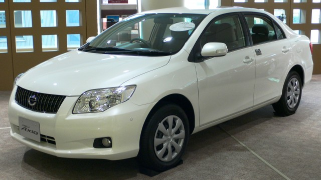 2006_Toyota_Corolla-Axio