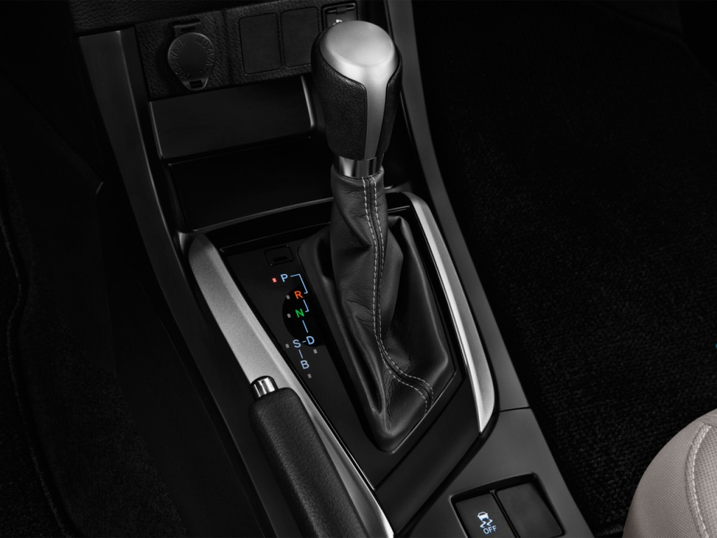 2016 Toyota Corolla 4 Door Sedan Cvt