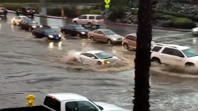 lambo-gallardo-flood